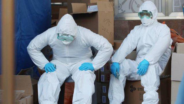 Imunologu britanik për riinfektimet: Rrezik i ulët, dhe pyetja