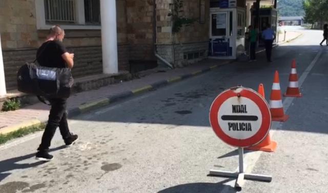 Radhë kamionësh në Kapshticë, Policia thirrje: Shmangeni