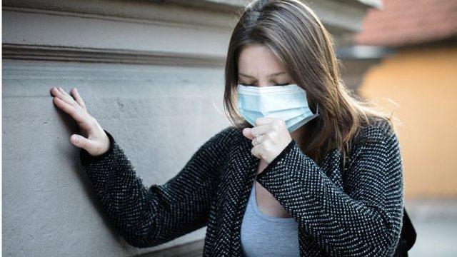 Studimi që tregon rëndësinë e izolimit: Kur virusi