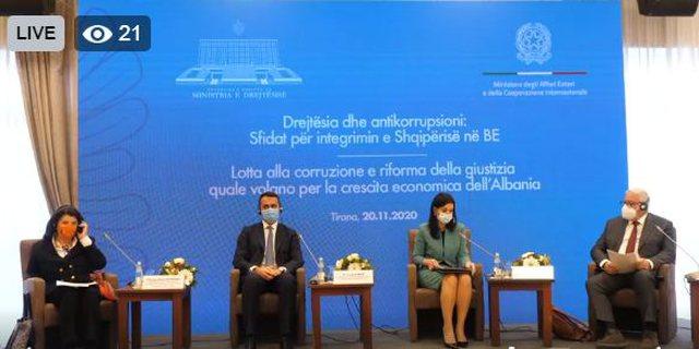 Ministri i Jashtëm italian në Shqipëri. Takimet dhe tryeza ku po