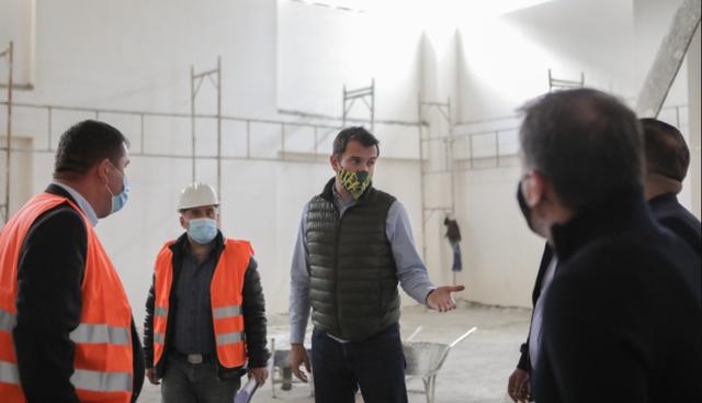 """Rindërtohet shkolla """"26 Marsi"""" në Kavajë"""