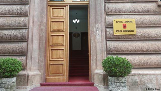 Vakanca në Gjykatën Kushtetuese, KED shqyrton 3 kandidatura të