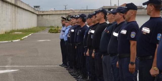 Rritje rroge për policët e burgjeve: Do iu paguhet transporti dhe
