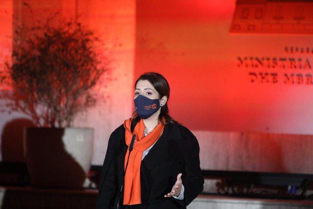 Fushata kundër dhunës me bazë gjinore, Manastirliu thirrje grave