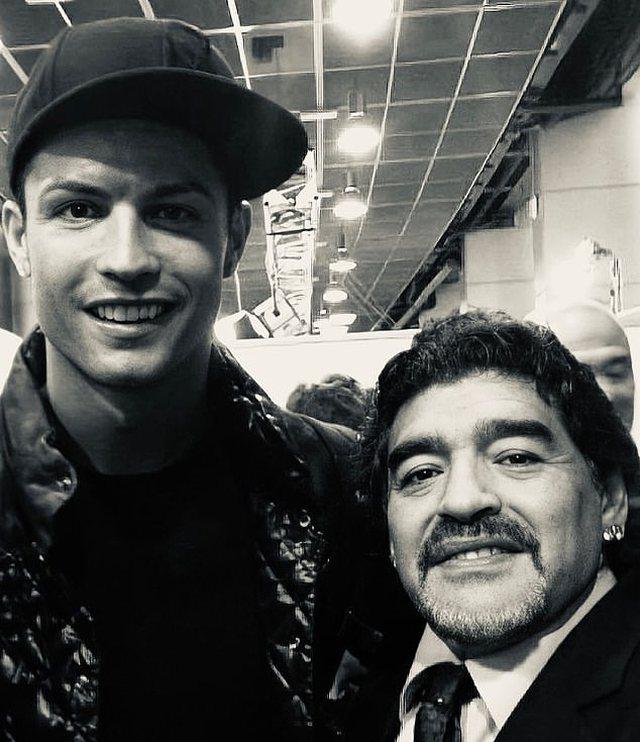Nga Messi, Cristiano Ronaldo e Pele, bota e futbollit homazhe për