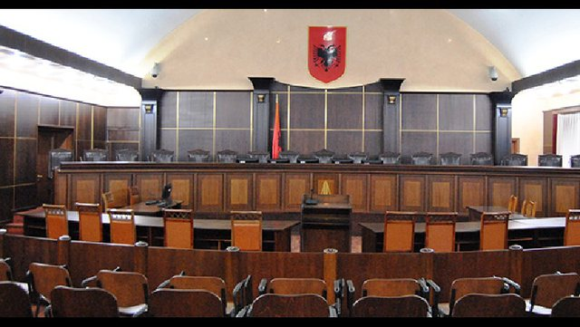 Vakanca në Gjykatën Kushtetuese, KED përjashton nga gara 3