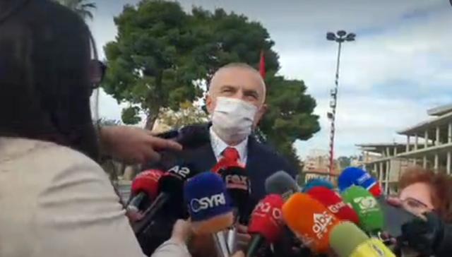 A e bashkon kjo ditë politikën shqiptare? Meta: 28 Nëntori i