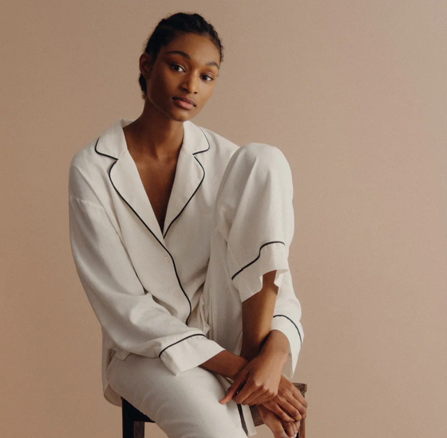 Industria e modës po prodhon më shumë se kurrë pizhame! Ja