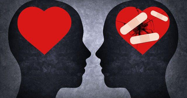 Dashuria pas thyerjes së zemrës dhe gjetja e guximit për të
