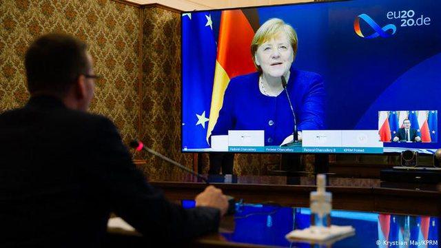 Merkel e bën zyrtare: Në 2020-n nuk premtoj hapje të negociatave