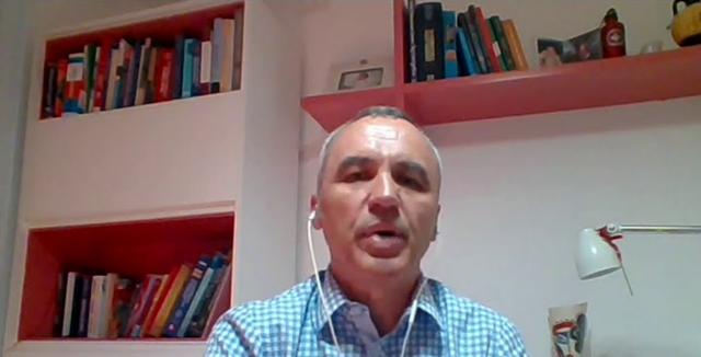 Mjeku Harxhi tregon çfarë i bashkon sëmundjet HIV/AIDS dhe