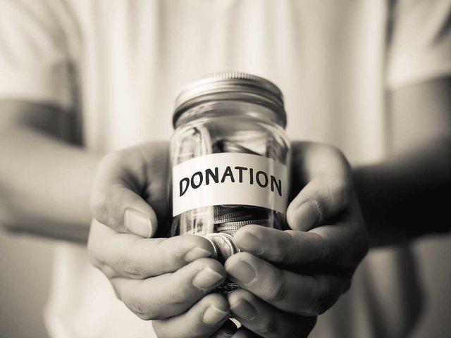 Çfarë na shtyn të dhurojmë? Studimet kanë disa
