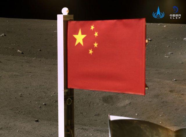 Pas Amerikës, një tjetër shtet vendos flamurin në