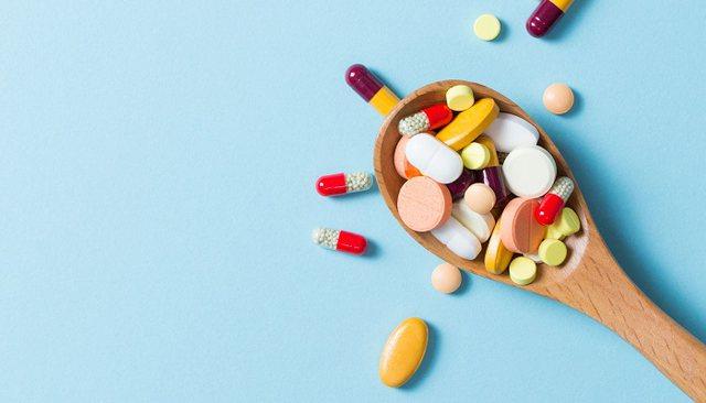 Rritja e imunitetit me vitamina, a mund t'ju mbajnë ato me të