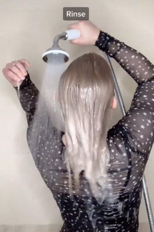 Sa herë e aplikon shampon në flokë? Ky është gabimi
