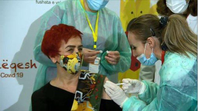 Shefja e Infektivit Najada Çomo, e para në Shqipëri që