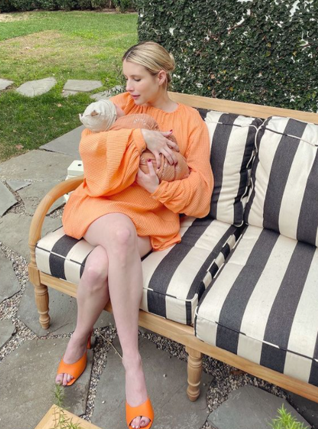 Kjo është fotoja e parë e Emma Roberts me djalin e saj