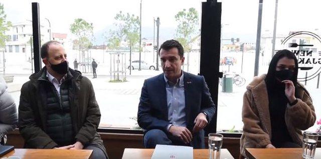 'Basha do të mbahet mend për barsoletën e tramit; politika