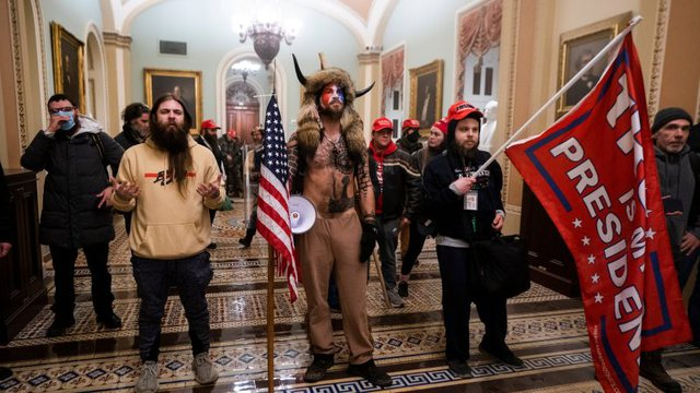 Prokurorët amerikanë thonë se protestuesit e Capitol Hill kishin