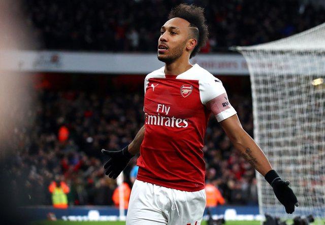 Aubameyang protagonist, Arsenali fiton dhe vazhdon ngjitjen në renditje