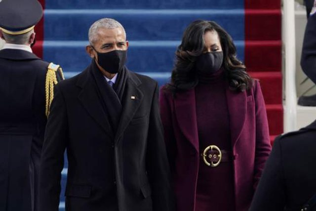 Detaji që u vu re tek veshjet e grave në inaugurimin e Biden, nga