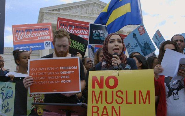 """SHBA-ja i jep fund """"ndalesës së myslimanëve"""""""