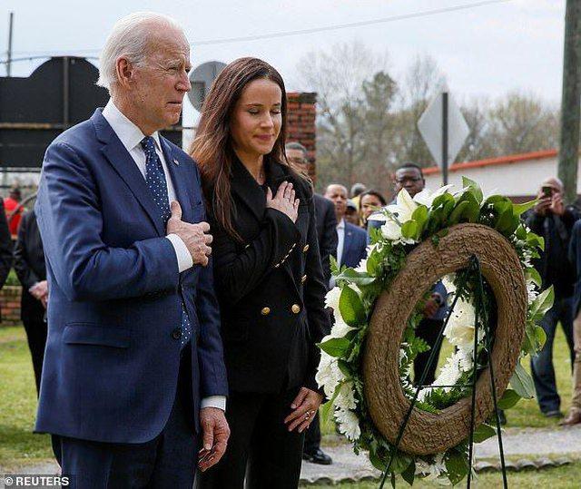 Ashley, vajza fashion e Joe Biden ka stilin që do doja