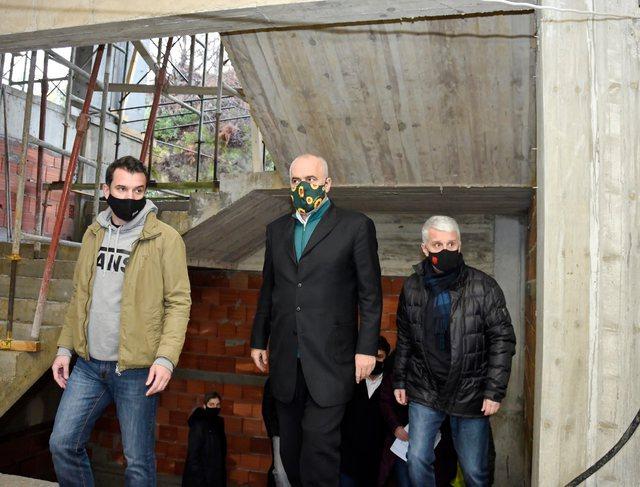 Veliaj: Shkollat Sami Frashëri dhe Murat Toptani do jenë gati për
