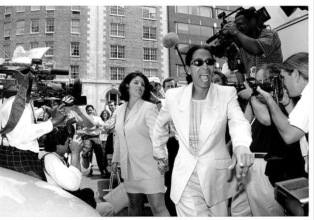 Në anën e Jolie kur u nda nga Brad dhe Monika Lewinsky-t pas skandalit