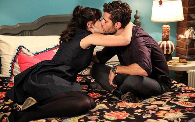 7 gjërat që ju ndodhin kur puthni dikë