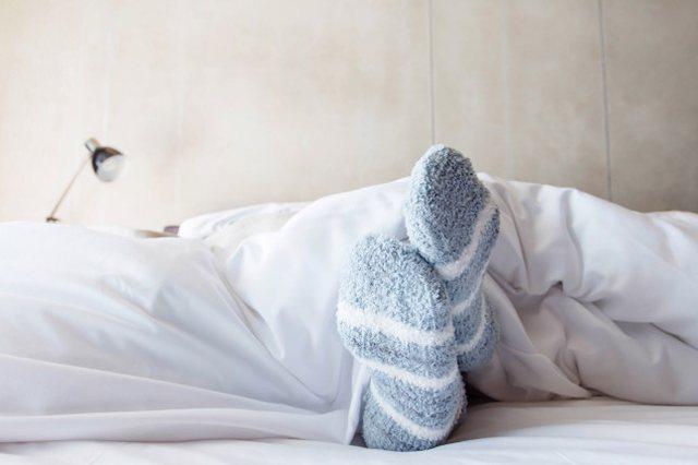 Për ata që nuk i zë gjumi: Doktoresha shpjegon pse duhet të