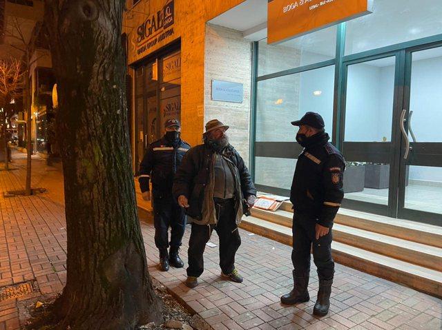 Asnjë i pastrehë nuk i kaloi në rrugët e Tiranës