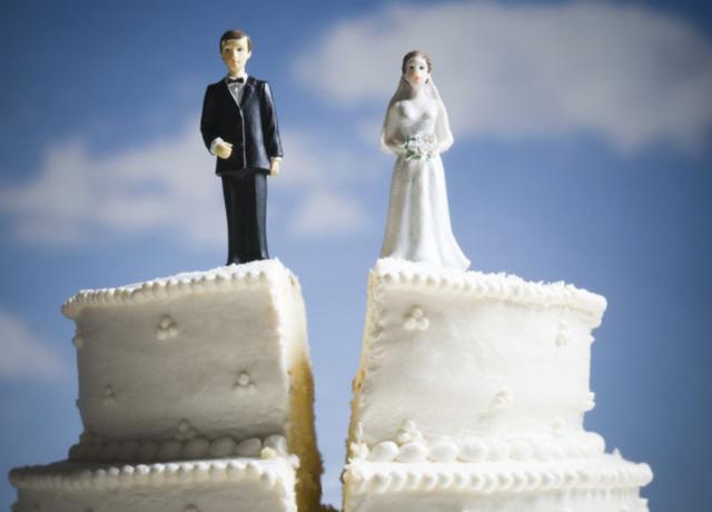 Një grua që u rimartua me ish-burrin e saj tregon ç`mësoi