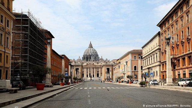 Zgjaten kufizimet për udhëtimet në Itali