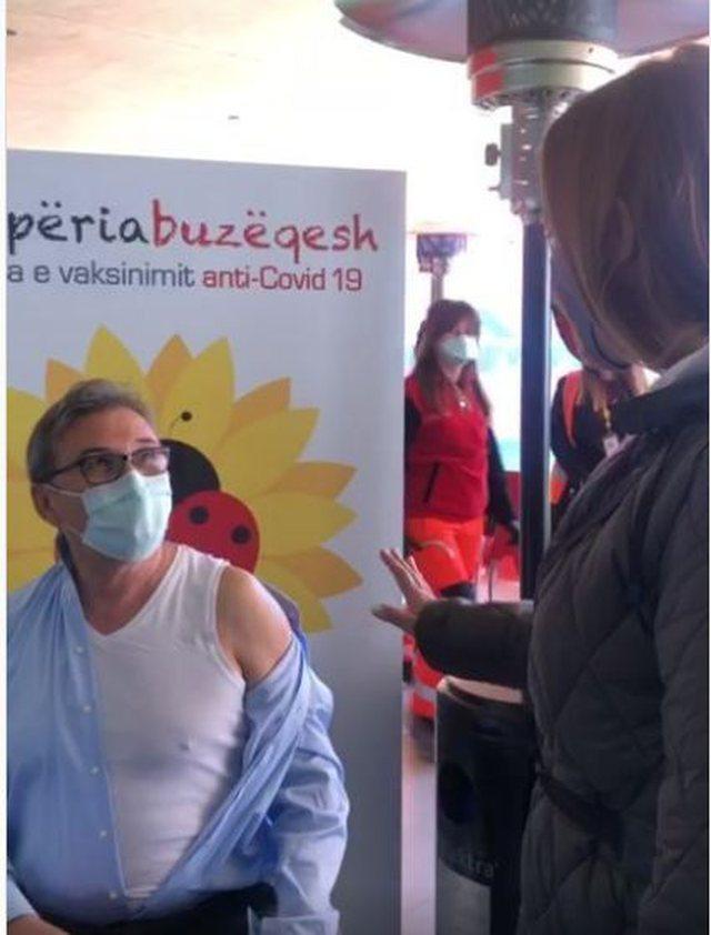 Video/ Nis vaksinimi i stafit të Urgjencës Kombëtare, Brataj: