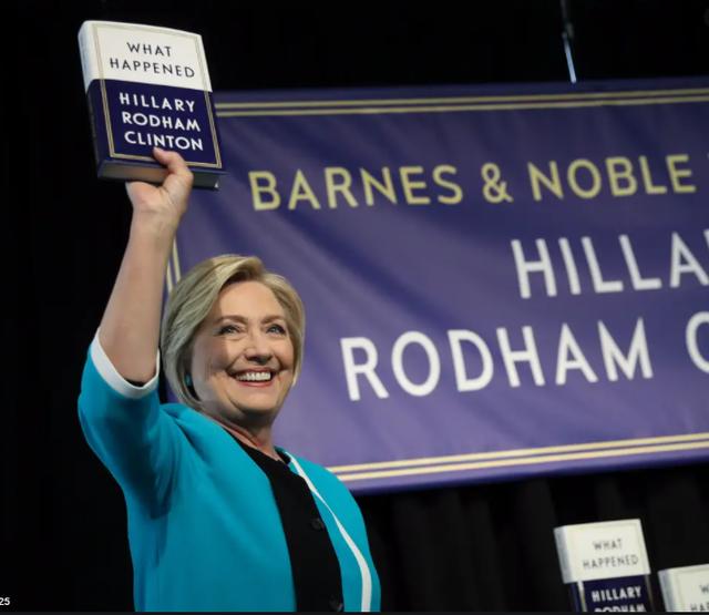 Hillary Clinton publikon romanin e saj të parë