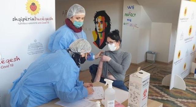 Korça, qyteti i radhës ku nisi vaksinimi