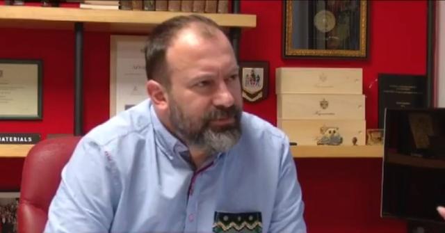 Paditi Berishën për shpifje, Mazniku: Ka gënjyer dhe mashtruar,