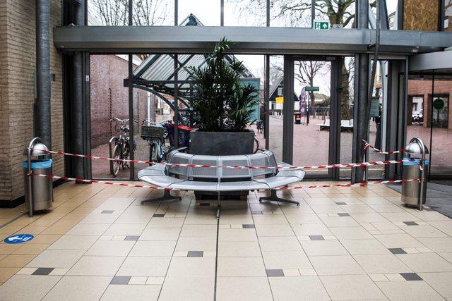 Holandë/ Qendra e testimit të COVID sulmohet me bombë artizanale