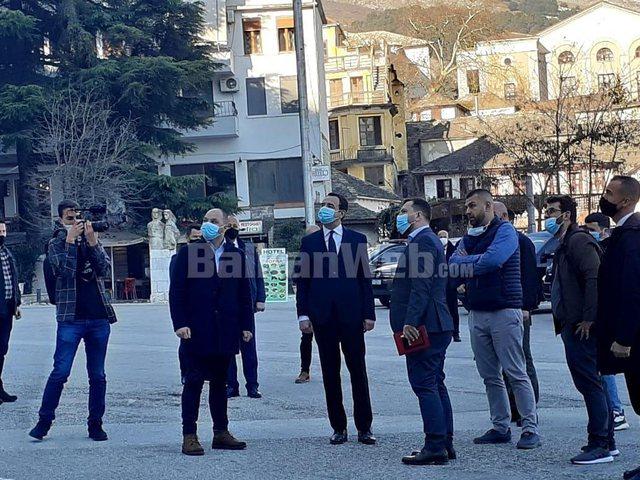 Albin Kurti vazhdon fushatën në Shqipëri, ja ku ndodhet