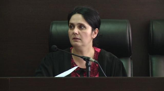 Gjyqtarja Hoxha kërkon lirinë në Gjykatën e Posaçme: