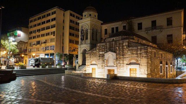 Athina në alarm nga COVID! 8100 të infektuar, 90% prej të