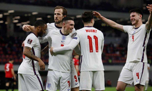Anglia mbizotëron në përballjen me Shqipërinë dhe