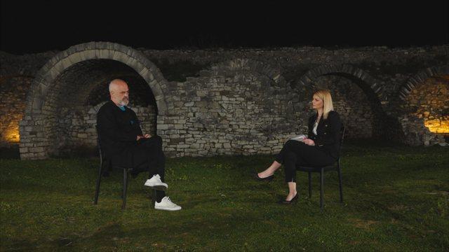 Shqipëria hapa prapa në demokraci, dhe e korruptuar, Edi Rama i kthen