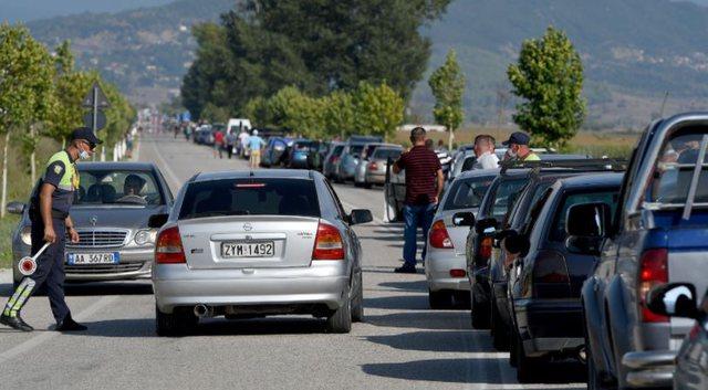 Greqia vazhdon të mbajë të mbyllur Kapshticën: Vendoset afat