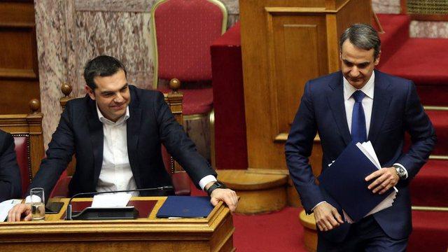 Russia's Sputnik vaccine puts Greek politicians in trouble