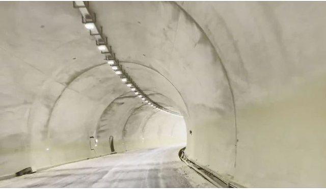 Video/ Dalin pamjet nga tuneli në Rrugën e Arbrit