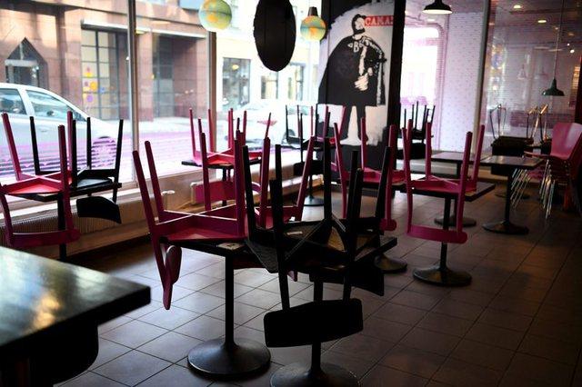 Finlanda hap restorantet nga java tjetër. Strategjia që po ndjek me