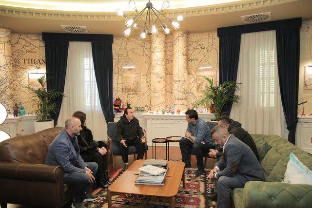 Rruga në Tiranë do mbajë emrin e heroit Arjan Sala. Veliaj pret