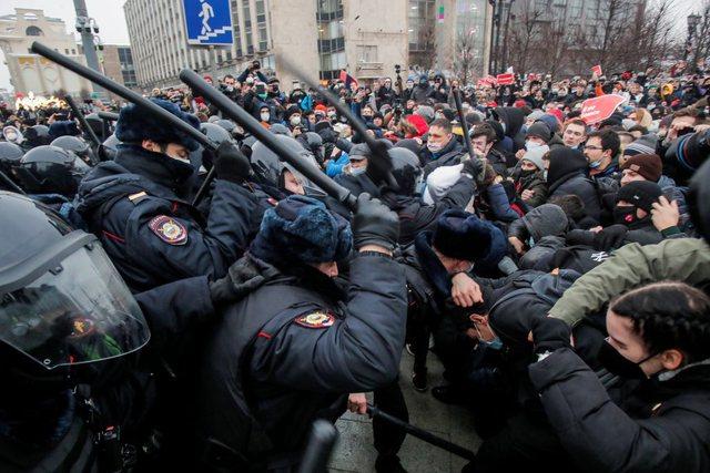 Rrezikon të vdesë në burg/ VOA: Mbështetësit e Alexei